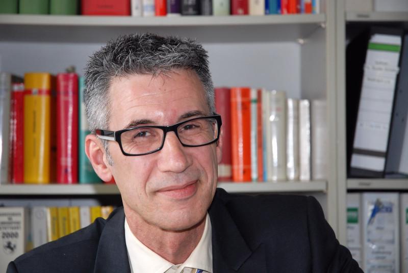 Anwalt Rechtsanwalt Grundstücksrecht Stuttgart